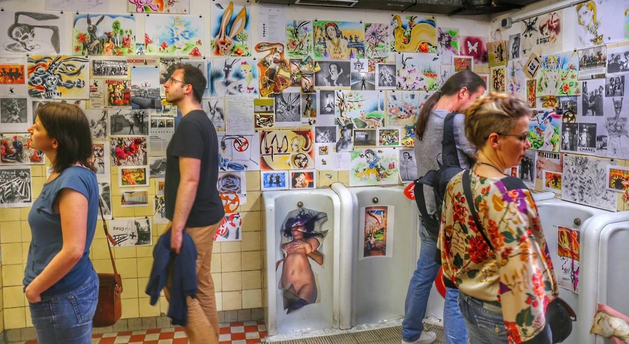 Ausstellungseröffnung im rr am 6.5. 2015 (Foto: Philipp Schiwek)